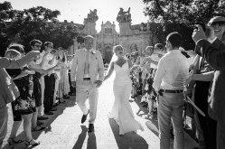 elliot-nichol-photography-confetti-bride-groom