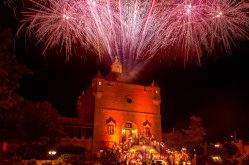 elliot-nichol-photography-wedding-fireworks-destination